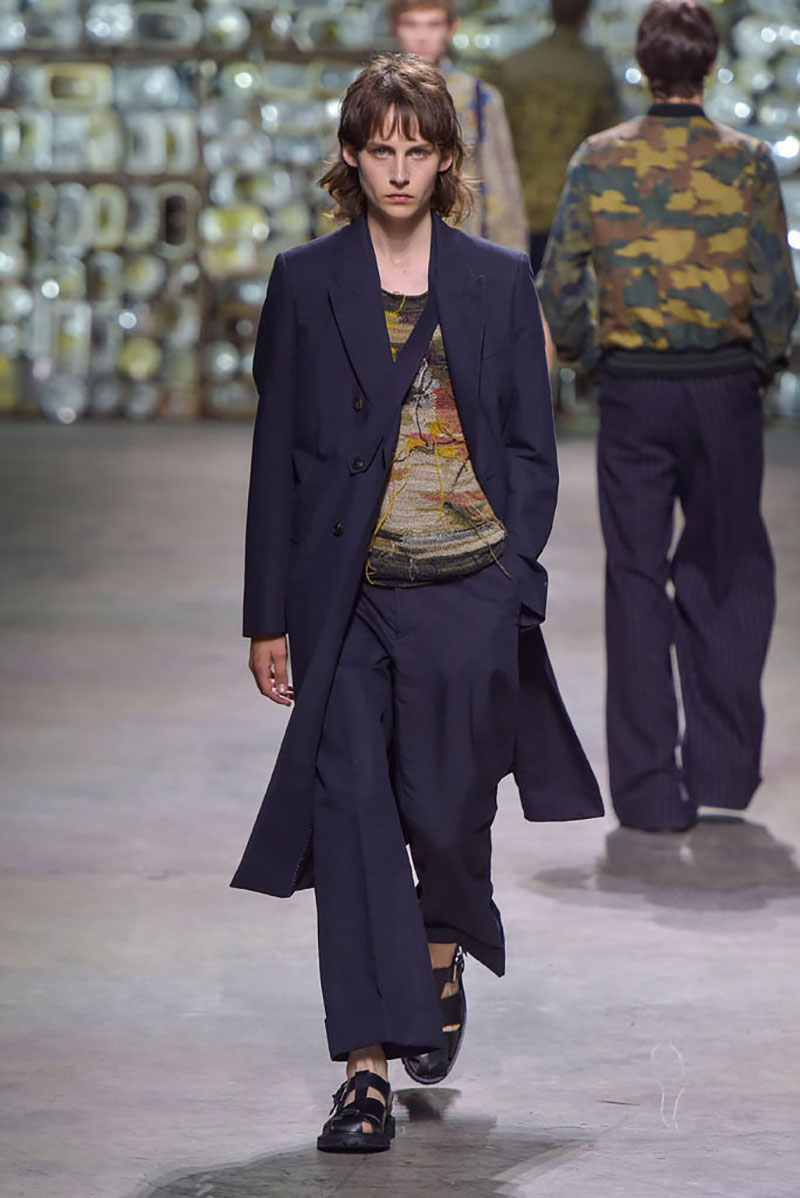 Dries Van Noten show, spring summer 2017, Paris Men's Fashion Week, France - 23 June 2016