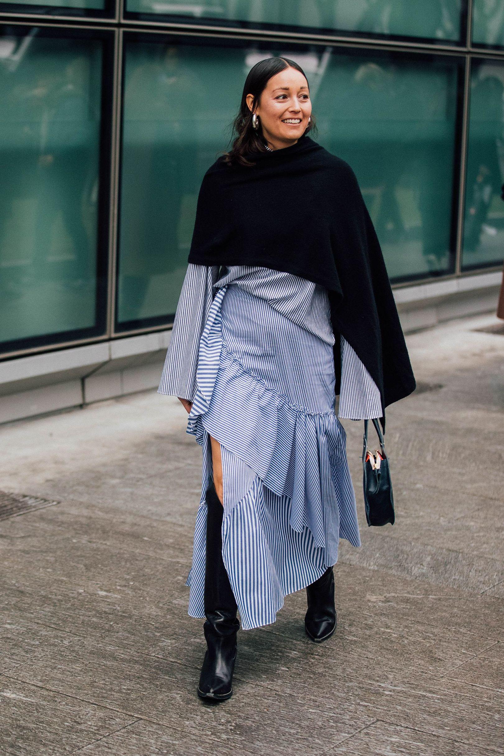 Milan Fashion Week Fall 2017 Street Style