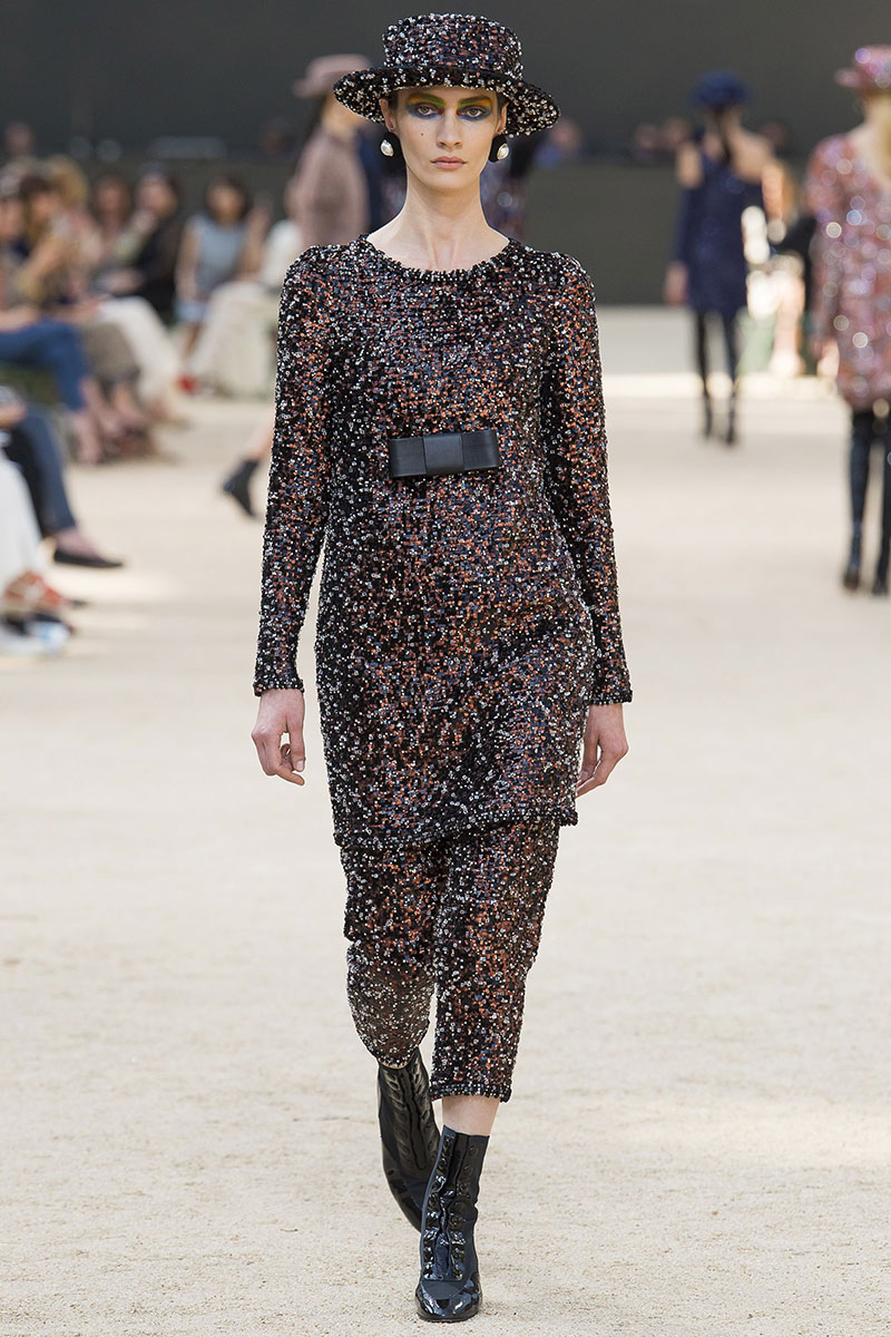 Chanel Couture Fall 2017