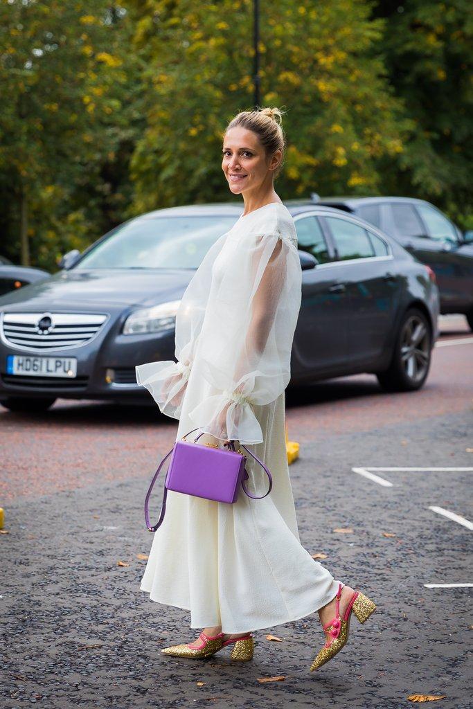 London Fashion Week Spring 2018 - Street Style
