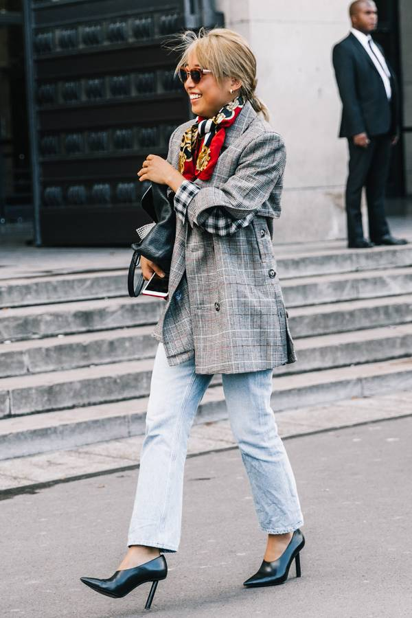 A blazer + jeans is always a good idea